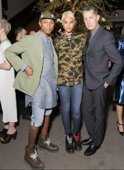 PHARRELL WILLIAMS, helen lasinchah and stefano tonchi at Wmag | Burberry | fashiondailymag