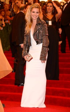 """sienna miller """"PUNK: Chaos To Couture"""" Costume Institute Gala"""