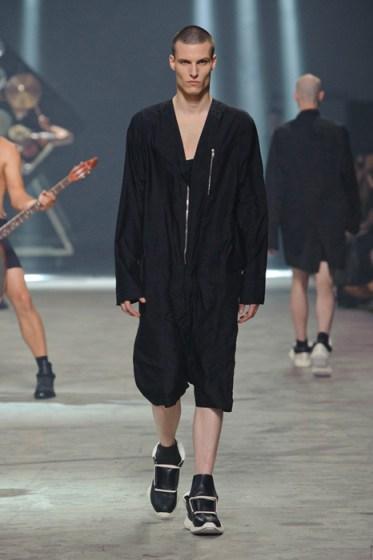 RICK OWENS menswear spring fashiondailymag sel 7