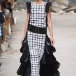 CHANEL haute couture fall 2013 fashiondailymag sel 53