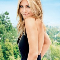 JENNIFER ANISTON fashions a cover