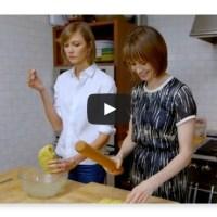 Karlie Kloss cooks with Elettra Wiedemann