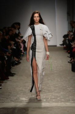 VIONNET Couture Spring 2014 fashiondailymag sel 18