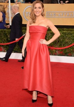 sasha alexander sag awards in diamonds FashionDailyMag