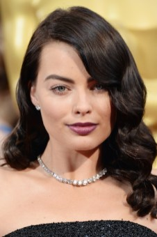 margot robbie forevermark diamonds 2014 oscars FashionDailyMag