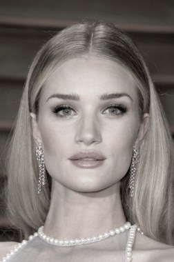 rosie huntington whiteley at Vanity Fair oscar party FashionDailyMag