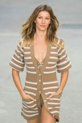 Chanel SS15 PFW Fashion Daily Mag sel 24 copy