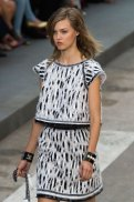 Chanel SS15 PFW Fashion Daily Mag sel 45 copy
