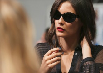 Burberry SS15 Fashion Daily Mag sel 4