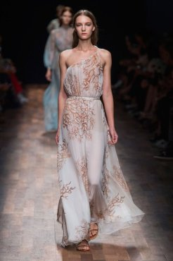 VALENTINO SS15 FashionDailyMag sel 19