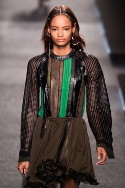 malaika firth LOUIS VUITTON SS15 FashionDailyMag sel 14