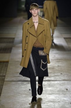DRIES VAN NOTEN fall 2015 FashionDailyMag sel 17