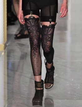 LA PERLA COUTURE SS15 fashiondailymag sel 1d