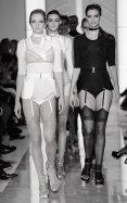 LA PERLA COUTURE SS15 fashiondailymag sel 25