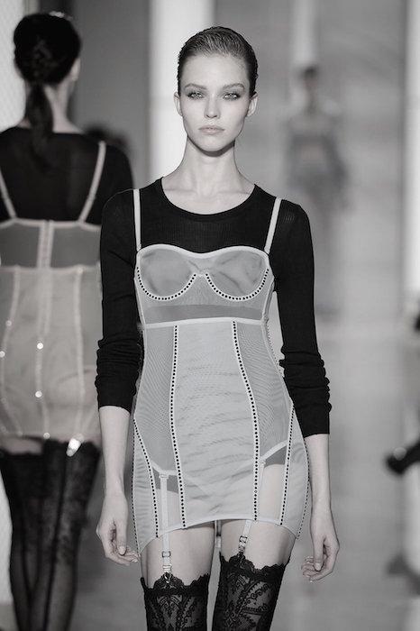 LA PERLA COUTURE SS15 fashiondailymag sel 5