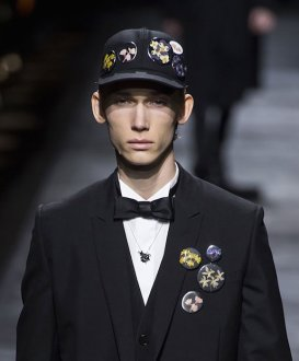 flower details DIOR HOMME fall 2015 FashionDailyMag