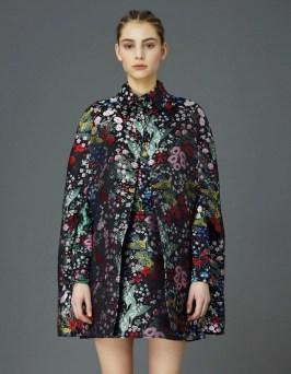 valentino flowers cape prefall 2015 FashionDailyMag sel 63