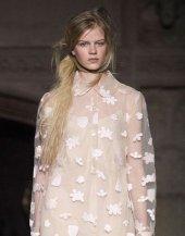 SIMONE ROCHA FALL 2015 fashiondailymag sel 10
