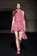 SIMONE ROCHA FALL 2015 fashiondailymag sel 5