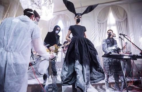 AF VANDERVORST fall 2015 fashiondailymag sel 3
