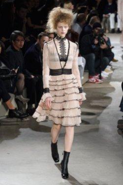 ALEXANDER MCQUEEN fall 2015 FashionDailyMag sel 62