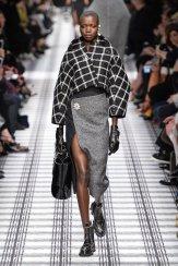 BALENCIAGA fall 2015 fashiondailymag sel 1