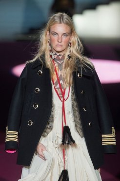DSquared2 fall 2015 FashionDailyMag sel 86