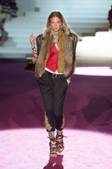 DSquared2 fall 2015 FashionDailyMag sel sasha luss 2