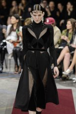 GIVENCHY fall 2015 fashiondailymag sel 13