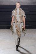 RICK OWENS fall 2015 fashiondailymag sel 8