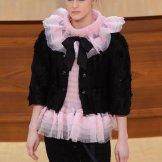 chanel fall 2015 fashiondailymag sel 13
