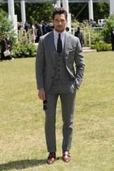 Burberry Menswear Spring/Summer 2016 - Arrivals
