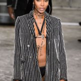 naomi campbell Givenchy SS16 FASHIONDAILYMAG