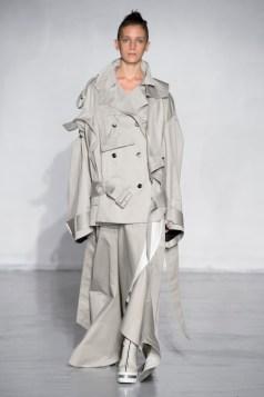 ANNE SOFIE MADSEN ss16 PFW FashionDailyMag 1 trench