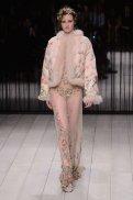 ALEXANDER McQUEEN fw16 LFW FashionDailyMag 1