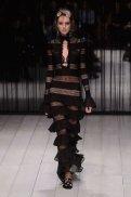 ALEXANDER McQUEEN fw16 LFW FashionDailyMag 18