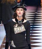 DOLCE GABBANA fw16 MFW fwp FashionDailyMag 7