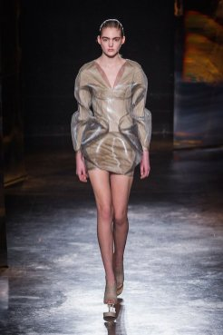 IRIS VAN HERPEN fw16 FashionDailyMag sel 9