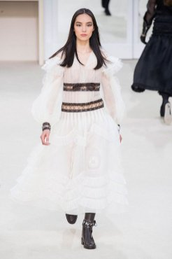 CHANEL fw16 fwp FashionDailyMag 1