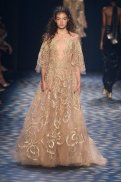 gold-gown-marchesa-ss17-fwp-fashiondailymag-7