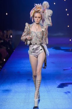 MARC JACOBS SS17 FWP fashiondailymag 1