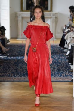 valentino ss17 fwp fashiondailymag 19