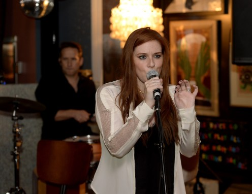 Laura Michelle Kicks Off NYFW With Performance at the Norwood 9