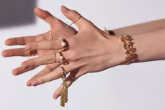 chloe-jewelry-cool-girl-gift-guide-2016-fashiondailymag