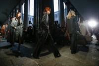 Max Mara FW17_ATMOSPHERE fashiondailymag 36