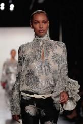 silver top prabal gurung fw17 randy brooke fashiondailymag 9
