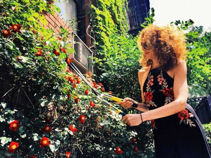 BRIGITTE SEGURA TOBI JUMPSUIT ph bulent doruk FashionDailyMag blooming in the city
