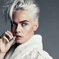CATCHING UP with CARA DELEVINGNE