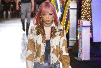 MOSCHINO resort 18 fernanda ly Jeremy Scott FWP x FashionDailyMag 24