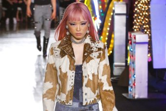 MOSCHINO resort 18 fernanda ly Jeremy Scott FWP x FashionDailyMag 24